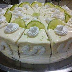 Aprenda a fazer Bolo Mousse de Limão