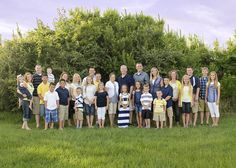 Color Coordinating Family Portraits on beach family photography outfits . Family Reunion Photos, Big Family Photos, Family Pictures What To Wear, Large Family Poses, Fall Family Pictures, Family Picture Colors, Family Picture Poses, Family Picture Outfits, Family Photo Sessions