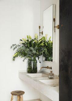 Home Interior Design .Home Interior Design Bathroom Styling, Bathroom Interior Design, Home Interior, Interior And Exterior, Boho Bathroom, Rental Bathroom, Mosaic Bathroom, Interior Plants, Earthy Bathroom