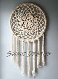 Crocheted Dreamcatcher | DIY dreammcatcher | Ideas & Inspiration, see more at http://diyready.com/diy-dreamcatcher-ideas-instructions-inspiration