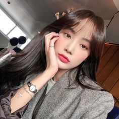 5 Make Up Inspirations for Large Celebration - Metabes Style Ulzzang, Mode Ulzzang, Ulzzang Korean Girl, Ulzzang Girl Selca, Korean Beauty Girls, Asian Beauty, Job Interview Makeup, Aesthetic Couple, Aesthetic Women