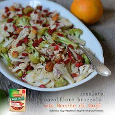 veg, raw, una insalata croccante e colorata arricchita con mandorle e bacche di goji @unavnelpiatto!