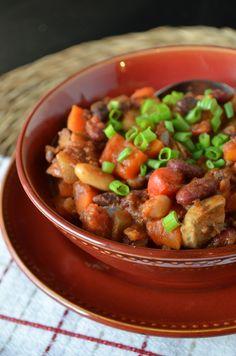 Vegan Three-Bean Chili - the perfect hearty but healthy winter meal | coffeeandquinoa.com
