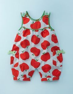 fabulous baby girl dungarees are part of Mini Boden's spring line Baby Outfits, Toddler Outfits, Kids Outfits, Baby Girl Dungarees, Pregnancy Fashion Winter, Kids Robes, Baby Dress Design, Baby Dress Patterns, Baby Kind