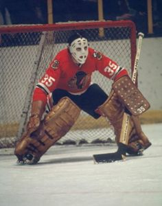 Tony Esposito Unsigned Chicago Blackhawks (s) Blackhawks Hockey, Hockey Goalie, Chicago Blackhawks, Hockey Players, Ice Hockey, Hockey Pictures, Hockey Room, Bobby Orr, Goalie Mask