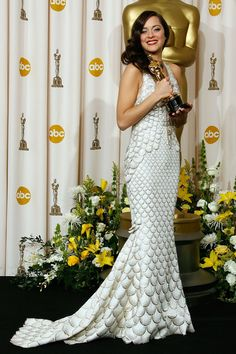 Marion Cotillard in Jean Paul Gaultier at the 2008 Academy Awards