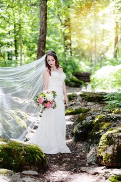 We love this bridal shot by Frozen Exposure Photography! How the veil sweeps and all of the natural beauty has us head over heels! Click the image to learn more. Photo credit: Frozen Exposure Photography