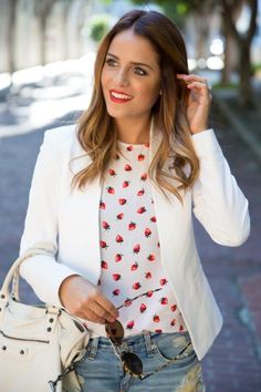 Pairing a casual print with a tailored blazer adds sophistication to Julia of Gal Meets Glam's look. And don't get us started on those strawberries! Adorable. #fruitprint #styleblogger