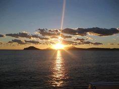 Questo è il mio mare, il mio mondo che sol di sogni vive: è il più bel mare del mondo. #luigiborronefotografoperpassione #mare #tramonto #sunset #miseno #capomiseno #ischia #all_sunsets #beautiful #cloudporn #clouds #color #gorgeous #horizon #ig_sunsetshots #instagood #instasky #instasunsets #irox_skyline #isea_sunsets #morning #nature #night #orange #photooftheday #pink #pretty #red #scenicsunset #silhouette
