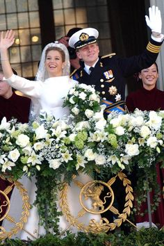 King Wilhelm Alexander of Holland marries Maxima Zorregueta Cerruti in Amsterdam. Iconic Royal Weddings Dresses & Photos (Vogue.com UK) (Vogue.com UK)