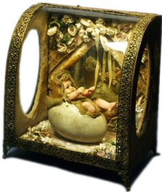simplesue:    Novelty Egg Doll in a box made 1870 - 1889