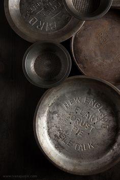 Vintage Pie Tins | Photographer: Ivana Jurcic www.ivanajurcic.com