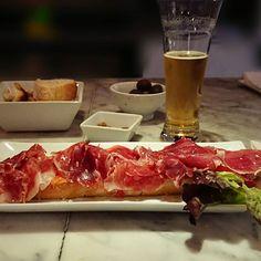 Algo ligero para cenar #delimoments de #Aninchi en la ruta... Pepperoni, Pizza, Instagram, Food, Dinners, Essen, Meals, Yemek, Eten