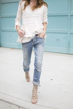 Casual outfit with skinny jeans and sweater Mode Outfits, Casual Outfits, Fashion Outfits, Womens Fashion, Fashion Trends, Jean Outfits, Fasion, Fashion Styles, Spring Summer Fashion