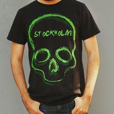 """Twin skulls"" tee, envíos a toda la República.  10% de descuento con el código  STKGRAM  Www.stkm.co  #streetwear #fashionblogger #fashion #clothingline #urban #modaurbana #playera #tee #tshirt #brand #skull #stockholmapparel"