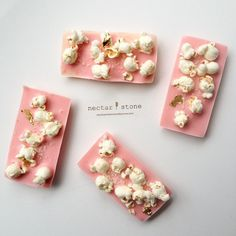 Popcorn chocolate with Murray River Pink Flake Salt (www.seasalt.com) and gold leaf | Nectar and Stone #nectarandstone