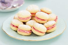 Mini Raspberry Melting Moments by Taste. Australia's Biggest Morning Tea to raise money for cancer research is on today and we think these biscuits would be a welcome part of the spread. High Tea Menu, High Tea Food, Macarons, Tea Cakes, Shortbread, Biscotti, Melting Moments, Alice, Relleno