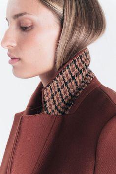 Manteau Peter long drap de laine bordeaux Caroll rouge | BHV