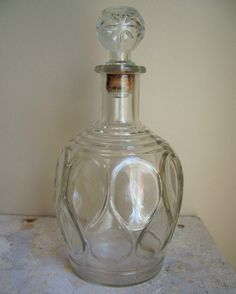 Wonderfully Beautiful Clear Glass Wine Decanter / Bottle - Vintage 1950s