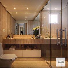 Banheiro l Destaque para a bancada que avança a área do box e cuba única com duas torneiras. Amei o design!!! Projeto @fernandamarquesarquiteta #bathroom #bath #revestimento #design #homedecor #arquiteta #arquitetablogueira #arquitetura #decoration #lifestyle #amazing #goodnight #boanoite #interiores #glamour #glam #inspiration #sp #archilovers #architecturelovers #photooftheday #picoftheday #blogfabiarquiteta #fabiarquiteta  Blog www.fabiarquiteta.com  fabiarquiteta