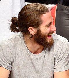 Gabriel hair. Beard ?