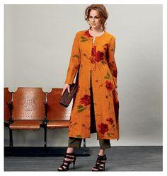 Vogue 1356 en plus court en uni avec un autre pantalon.....