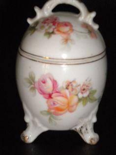 Vintage China Egg Shaped 3 Footed Trinket Box Roses Gold Trim w Lid Unique Rare Box Roses, Egg Cups, Egg Shape, Vintage China, Trinket Boxes, Porcelain, Eggs, Rose Gold, Shapes