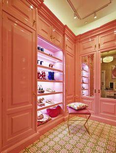 The 2014 Kips Bay Decorator Show House A dressing room, by Christopher Peacock. Pink Closet, Walk In Closet, Closet Rooms, Master Closet, Closet Space, Master Suite, Dressing Room Closet, Dressing Rooms, Pink Cabinets