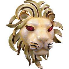 Capri Enameled Lion's Head Brooch
