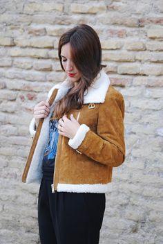 Borrego y piel. http://www.fashion-south.com/2016/12/chaqueta-de-borrego-y-piel.html?m=0
