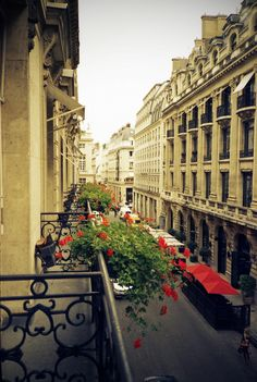 Left My Heart in Paris: C\'est toi pour moi Moi pour toi dans la vie ...