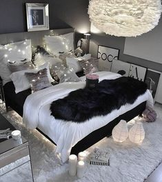 """8 Teen Bedroom Theme Ideas That's So Great! - Hoomble,Teens have unique ideas of what they consider as """"cool bedrooms."""" Teen bedroom themes reflect things such as their personalities, aspirations, and ide. Gray Bedroom, Bedroom Inspo, Modern Bedroom, Black Bedroom Decor, Bedroom Inspiration, Bedroom Rustic, Decor Room, Master Bedrooms, Sophisticated Teen Bedroom"""