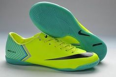 new arrival 7ec0b b0614 Football Shoes, Basketball Shoes, Nike Shox, Air Max 90, Nfl, Jordan Shoes,  Snapback, Cleats, Jordans