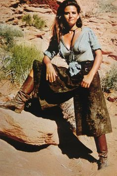 Claudia Cardinale Sexy Pose from The Professionals Claudia Cardinale, Hollywood Stars, Old Hollywood, Katharine Ross, Italian Actress, Italian Beauty, Cowgirl Outfits, Western Movies, Sexy Poses