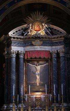 Rom, Piazza San Lorenzo in Lucina, San Lorenzo in Lucina, Hauptaltar mit einer Kreuzigung von Guido Reni (main altar with the Crucifixion by Guido Reni)   Flickr - Photo Sharing!