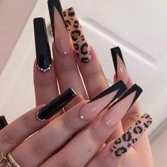Burgundy Acrylic Nails, Bling Acrylic Nails, Best Acrylic Nails, Acrylic Nail Designs, Long Nail Designs, Nail Designs Bling, Black Nail Designs, Pretty Nail Designs, Edgy Nails