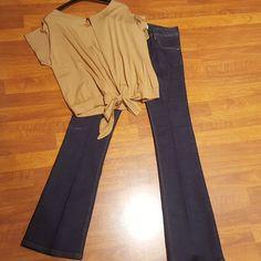 #jeans #zampa #maglia #apertura #schiena #valeria #abbigliamento