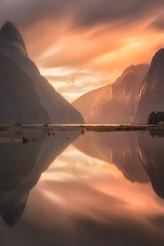 Mystical - Ray of Light Through Milford Sound
