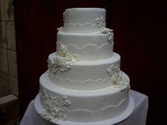 bolo casamento ,feito em biscuit pra decoraçao, as rosas podem ser feitas de outras cores ***atenção não acompanha tabua R$ 249,90