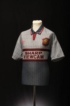 Manchester United Football Shirt Away 1995 - 1996