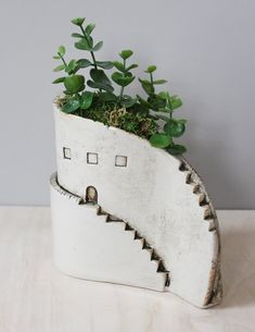 Vases don't come with plants but add your own for just the right look. - Vases don't come with plants but add your own for just the right look. Pottery Houses, Ceramic Houses, Ceramic Planters, Ceramic Clay, Ceramic Vase, Porcelain Ceramic, Hand Built Pottery, Slab Pottery, Ceramic Pottery