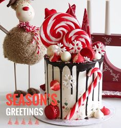 Weihnachtskuchen - Christmas Cookies and Ideas - Torten İdeen Christmas Sweets, Christmas Cooking, Noel Christmas, Christmas Goodies, Holiday Cakes, Holiday Treats, Mini Cakes, Cupcake Cakes, Drip Cakes