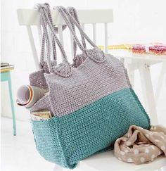 Roomy City Bag Crochet Pattern (FREE)