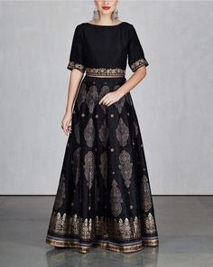 indian fashion Kurtis -- Click Visit link for more info Indian Attire, Indian Wear, Indian Outfits, Indian Gowns Dresses, Pakistani Dresses, India Fashion, Ethnic Fashion, Sari Dress, Dress Up