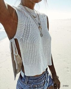 Knits don't only have to be for big, chunky sweaters! Try a knit tank as a cover up for the beach or use it to layer for a day outfit. Let DailyDressMe help you find the perfect outfit for whatever th (Top Tejidos A Crochet) 2017 Summer women Crop Tops ca Crochet Clothes, Diy Clothes, Crochet Top Outfit, Cheap Boho Clothes, Crochet Outfits, Crochet Fashion, Cheap Summer Outfits, Summer Clothes, Outfit Summer