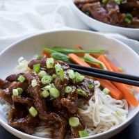 Forget the take out, make this healthy low calorie 30 minute Honey Sriracha Mongolian Beef Recipe with Rice Noodles. It's sweet, spicy, and perfect for a fast weeknight meal! | joyfulhealthyeats.com #recipes Easy Healthy Recipes