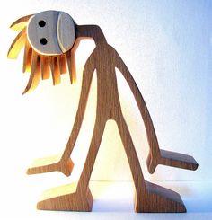 """sculpture bois chantourné """"p'têt que c'est mieux en regardant comme ça""""…"""
