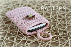 Crochet Pattern Crocheted Cell Phone Cover Pattern por ZoomYummy