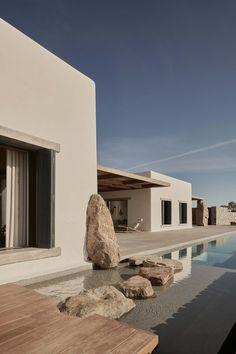 Mykonos Villas, Mykonos Greece, Crete Greece, Studio Build, Design Hotel, Studio Design, Interior Architecture, Greece Architecture, Amazing Architecture
