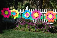 Giant size Wonderland garden flowers created by : Wonderland Party Props. Please visit us for PARTY PROP RENTAL at http://www.facebook.com/pages/Wonderland-Party-Props/159537750764498